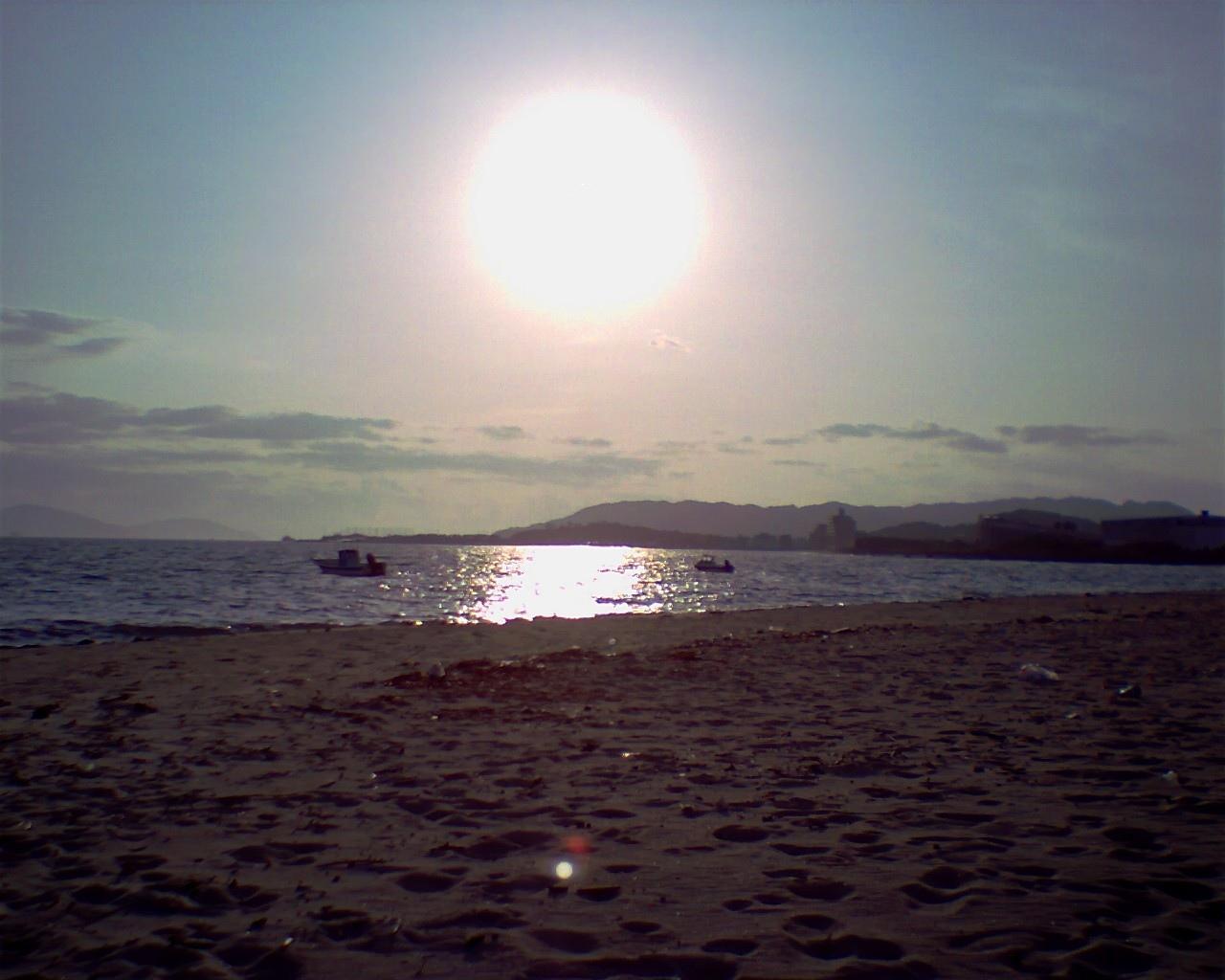 博多湾上を通る'志賀島への道'@紀行道中写真館 博多湾上を通る'志
